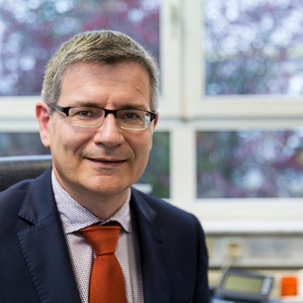 Dr. Achim Müller